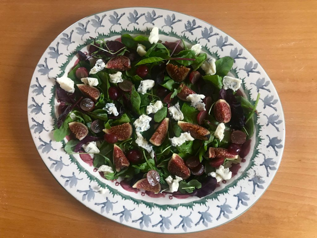 Fig, grape and dolcelatte salad