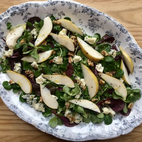 Pear, walnut and Gorgonzola dolce salad